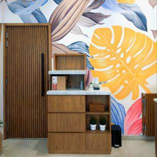 Foto 36 - Interior di Platon Coffee oleh duocicip