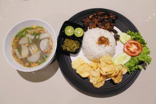 Foto 3 - Makanan(sanitize(image.caption)) di Black Butler Cafe - Hotel Sanira oleh Novita Purnamasari