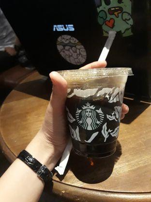 Foto review Starbucks Coffee oleh Maissy  (@cici.adek.kuliner) 1