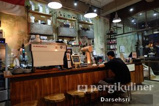 Foto 4 - Interior di Coffee Smith oleh Darsehsri Handayani