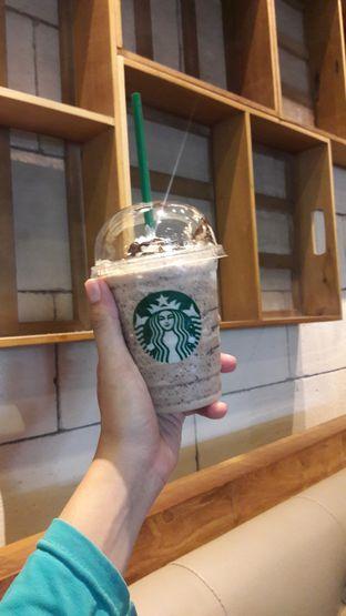 Foto review Starbucks Coffee oleh Dzuhrisyah Achadiah Yuniestiaty 3