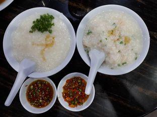 Foto 2 - Makanan di Bubur Ayam Mangga Besar 1 oleh Alvin Johanes