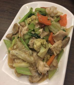 Foto 3 - Makanan(Capcay cah) di Central Restaurant oleh Felicia Felicia