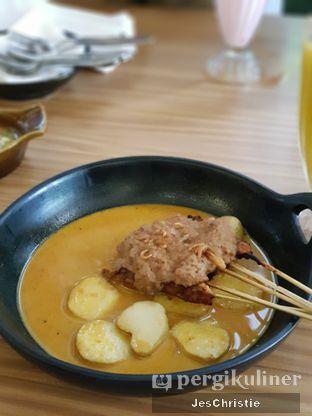 Foto 3 - Makanan(Sate Gebyur Banyumasan) di Aromanis oleh JC Wen