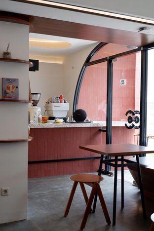 Foto 18 - Interior di Routine Coffee & Eatery oleh yudistira ishak abrar