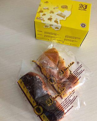 Foto review AJ Bakery & Cake oleh Claudia @grownnotborn.id 2