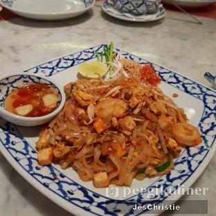 Foto 2 - Makanan(Pad Thai) di Jittlada Restaurant oleh JC Wen