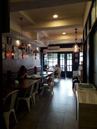 Foto 2 - Interior di Malik & Co oleh RinRin
