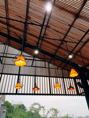 Foto 4 - Eksterior di Beranda Depok Cafe & Resto oleh Tatan