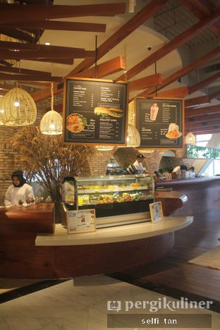 Foto 4 - Interior di Lumine Cafe oleh Selfi Tan
