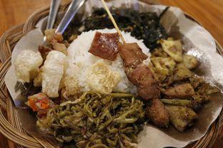Foto 2 - Makanan di Warung Bali Bedugul oleh GetUp TV