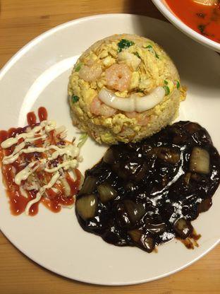 Foto 8 - Makanan(Jjajangbap) di Holy Noodle oleh Elvira Sutanto