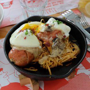 Foto review Yelo Eatery oleh Michael Lizar 1