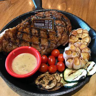 Foto 2 - Makanan(Rib Eye Sous Vide USDA Black Angus 500 gr) di Pepperloin oleh Pengembara Rasa