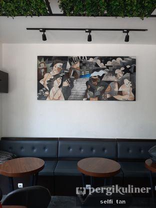 Foto 2 - Interior di Muara Kopi oleh Selfi Tan