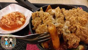 Foto 1 - Makanan(Yangnyeom Chicken Tokpoki) di Mujigae oleh Jenny (@cici.adek.kuliner)