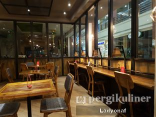 Foto 6 - Interior di Brownbag oleh Ladyonaf @placetogoandeat