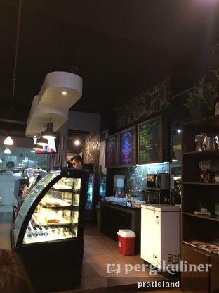 Foto 8 - Interior di Cafe LatTeh oleh Pratista Vinaya S