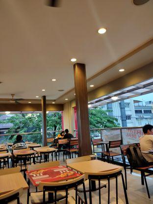 Foto 4 - Interior di KFC oleh Keinanda Alam
