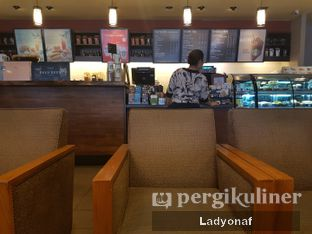 Foto 2 - Interior di Starbucks Coffee oleh Ladyonaf @placetogoandeat