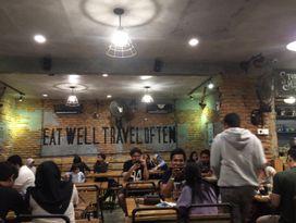 foto OTW Food Street