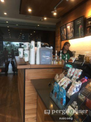 Foto 1 - Interior di Starbucks Coffee oleh Icong