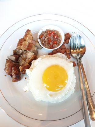 Foto 1 - Makanan(Babi Sambal Matah) di Gourmet Kitchen oleh Henny Adriani