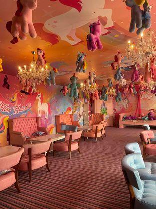 Foto 12 - Interior di Miss Unicorn oleh Jeljel