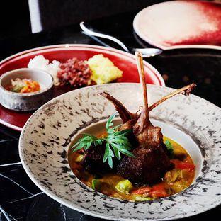 Foto 11 - Makanan(Tongseng Lamb Chop) di 1945 Restaurant - Fairmont Jakarta oleh Lunchgetaway