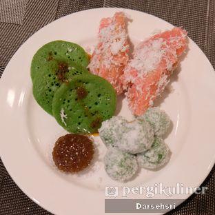 Foto review Satoo Garden Restaurant & Lounge - Hotel Shangri-La oleh Darsehsri Handayani 45