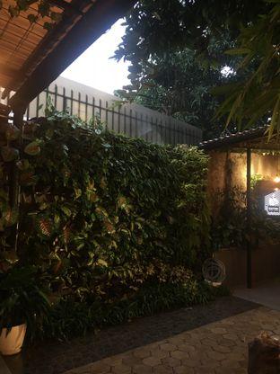 Foto 9 - Interior di Dimitree Coffee & Eatery oleh RI 347 | Rihana & Ismail