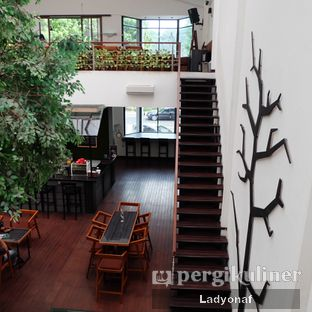 Foto 12 - Interior di Bittersweet Bistro oleh Ladyonaf @placetogoandeat