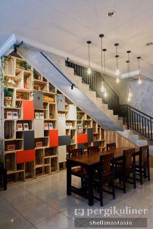 Foto 4 - Interior di Tempt Coffee Roaster oleh Shella Anastasia