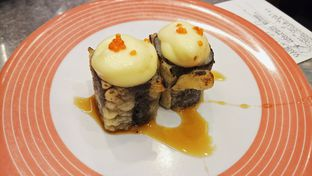 Foto - Makanan di Sushi Go! oleh IG: biteorbye (Nisa & Nadya)