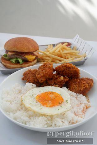 Foto 10 - Makanan(GB Chicken) di The Neighbors Cafe oleh Shella Anastasia