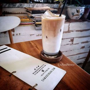 Foto - Makanan(Ice Caffe Latte Mint) di Sama Dengan oleh Eric  @ericfoodreview