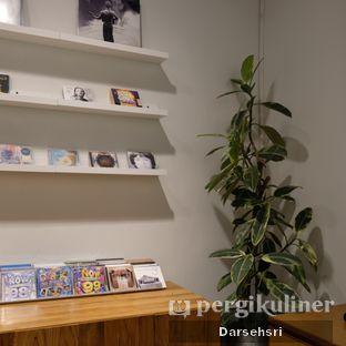 Foto 6 - Interior di Ombe Kofie oleh Darsehsri Handayani