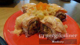 Foto 2 - Makanan(Salmon Crispy Aburi) di Sushi Tei oleh Nadia Sumana Putri