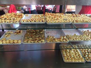 Foto 5 - Makanan di Roti Unyil Venus oleh Irine