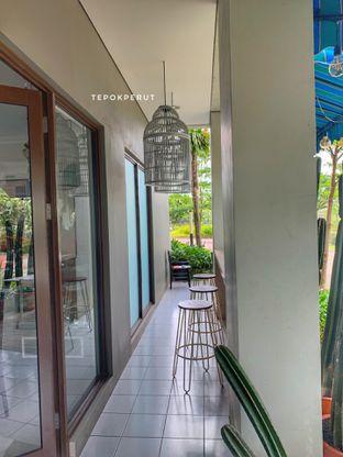 Foto 11 - Interior di Homey Koffee oleh Tepok perut