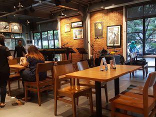 Foto 8 - Interior di Intro Jazz Bistro & Cafe oleh Kevin Leonardi @makancengli