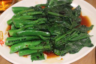 Foto 6 - Makanan(Poached Kai Lan) di Kam's Roast oleh Levina JV (IG : levina_eat )