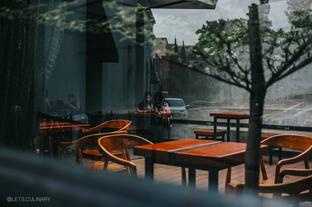 Foto 6 - Interior di Ruckerpark Coffee & Culture oleh lets.culinary