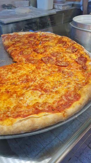 Foto 1 - Makanan di Pizza Place oleh Naomi Suryabudhi