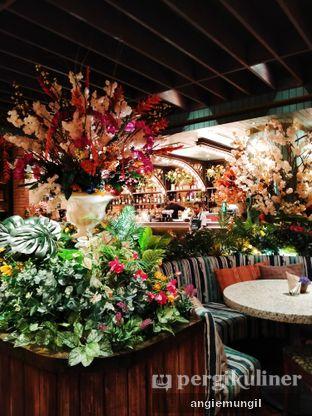 Foto 4 - Interior di The Garden oleh Angie  Katarina