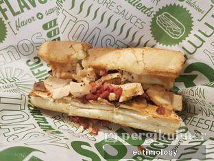 Foto 1 - Makanan di Quiznos oleh EATIMOLOGY Rafika & Alfin