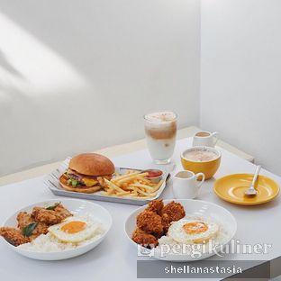 Foto review The Neighbors Cafe oleh Shella Anastasia 8