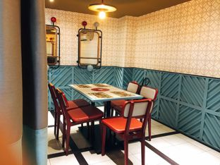 Foto 21 - Interior di Gyoza Bar oleh Astrid Huang | @biteandbrew