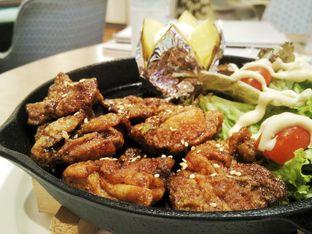 Foto 5 - Makanan(Chicken Kaarage Teriyaki) di Slice of Heaven oleh D L