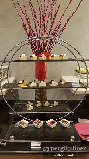 Foto 7 - Makanan di Collage - Hotel Pullman Central Park oleh William Wilz